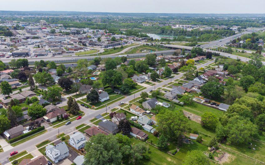 37 DOROTHY STREET,St. Catharines ON